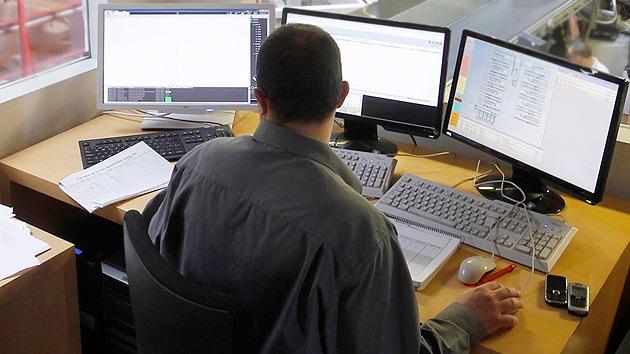 EE.UU. dice que renunciará al control del organismo regulador de las IP
