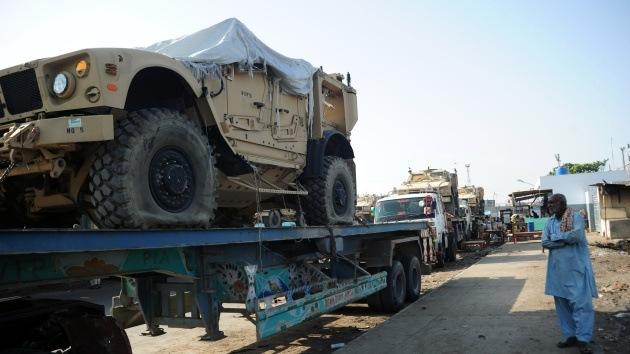 EE.UU. suspende el tránsito de carga militar por Pakistán tras las protestas contra drones