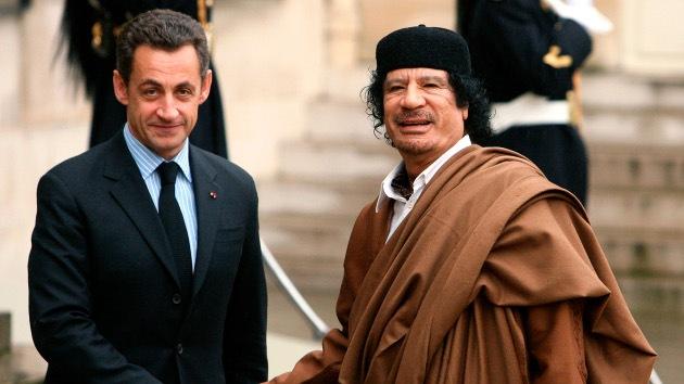 """Muammar Gaddafi: """"Sarkozy es un retrasado mental"""""""