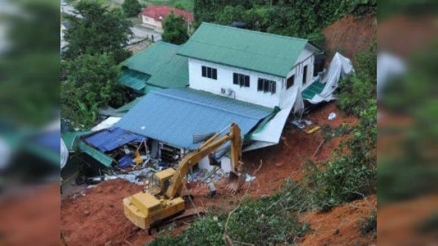 Deslizamiento de tierra en Malasia sepulta un orfanato, dejando 24 víctimas mortales