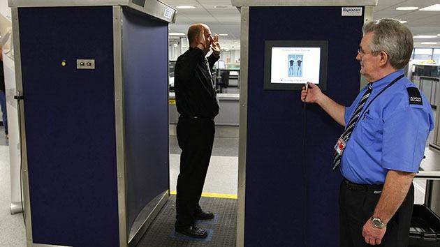 Brecha de seguridad en EE.UU.: se pueden burlar escáneres portando armas, según científicos