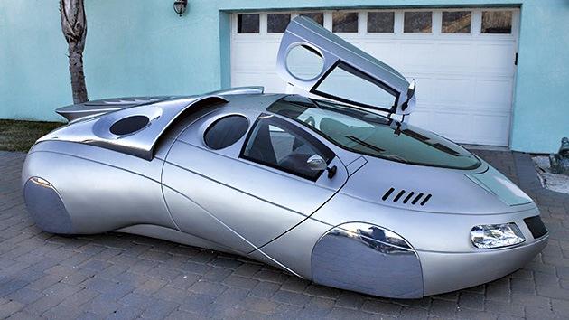 Imágenes: Un diseñador de EE.UU. fabrica vehículos de ciencia-ficción