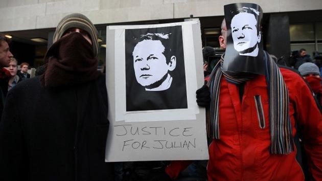 """""""Ni en los peores días de la Guerra Fría"""" hubo nada parecido a la caza de Assange"""