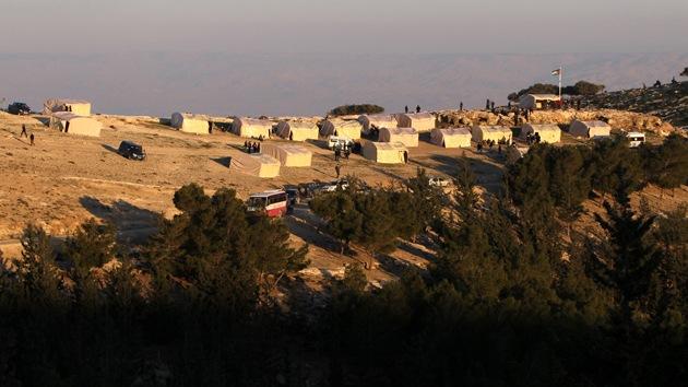 La Policía israelí ordena evacuar el campamento de protesta palestino