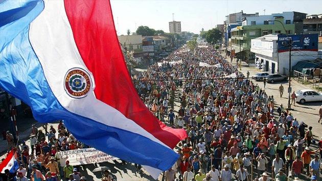 Una huelga indefinida amenaza con paralizar el sistema educativo paraguayo