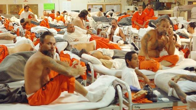 Violan a uno de cada diez presos en EE.UU.