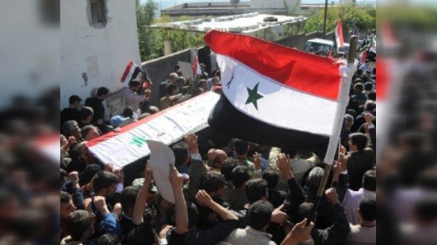 Rusia: La intervención externa en el conflicto sirio amenazaría a la seguridad regional