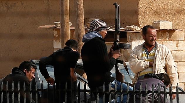 """La asesora de Obama confiesa que EE.UU. suministra ayuda """"letal"""" a la oposición siria"""