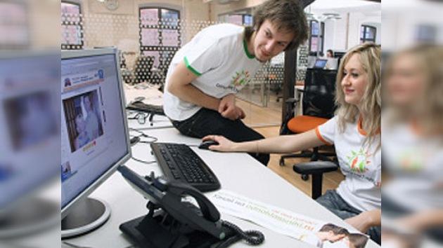 Rusia sube más fotos personales en Internet que muchos otros países