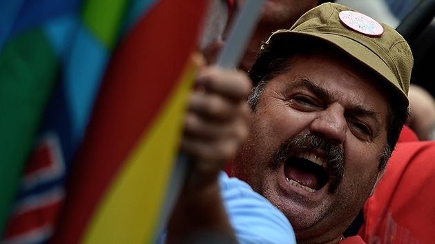¡Basta de austeridad!: la huelga en Italia se suma a la ola de protestas en España y Grecia