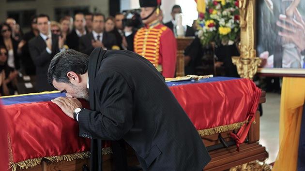 Irán: Acusan a Ahmadineyad de herejía por sus condolencias por la muerte de Chávez