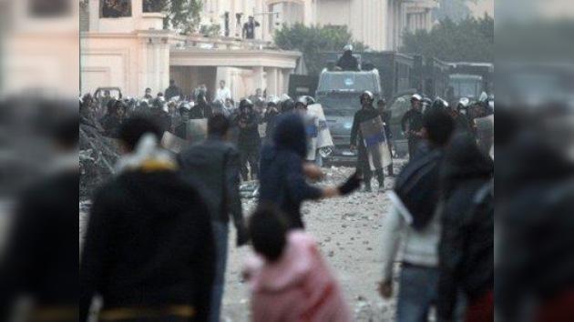 Egipto no digiere la tragedia del fútbol: acusan a la Junta de echar a rodar la violencia