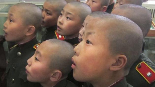 """Video: Niños norcoreanos se entrenan duro para """"vengarse de los imperialistas"""""""