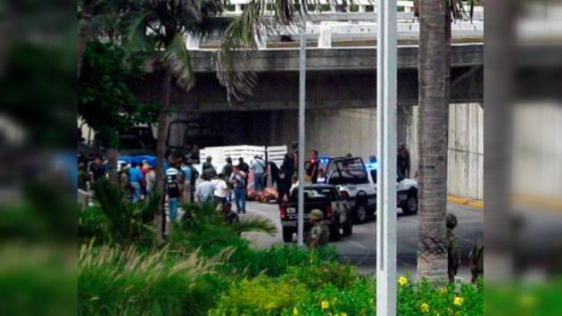 Encuentran 35 cadáveres en una céntrica avenida de Veracruz