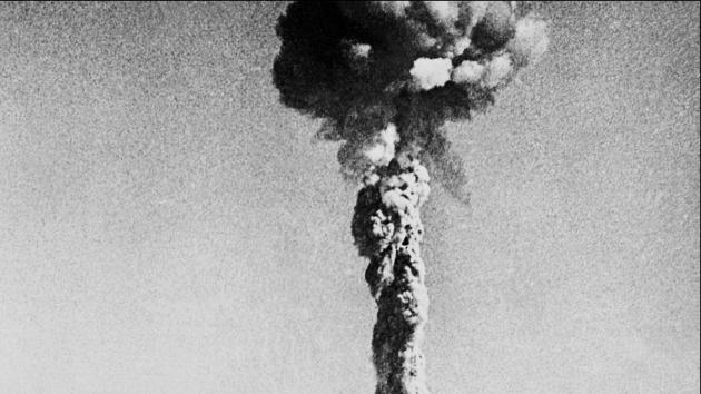 Video: Imágenes inéditas de la carga y detonación de la bomba atómica de Nagasaki
