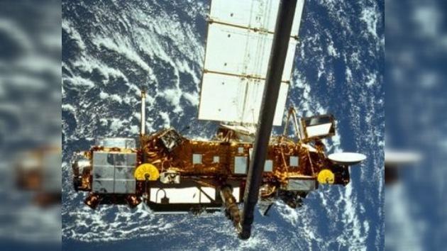 Expectación ante la caída del satélite estadounidense sin lugar establecido