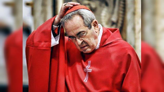 Renuncia el cardenal acusado de ocultar escándalos sexuales de la iglesia