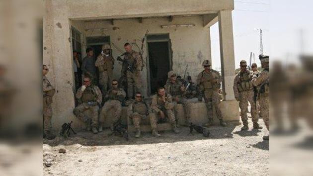 Identifican a los soldados grabados orinando sobre varios cadáveres en Afganistán