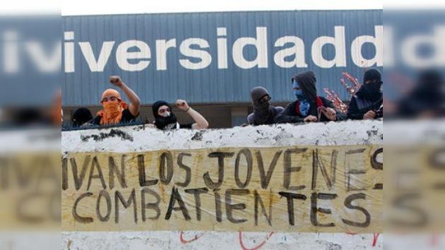 VIDEO: choques y detenidos en el Día del Joven Combatiente en Chile