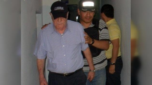 Detenido un ex presidente boliviano por exhibicionismo y posesión de drogas