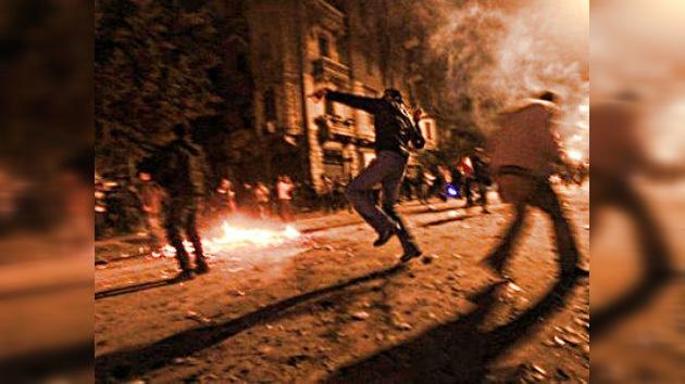 El caos se recrudece en Egipto tras la masacre en el estadio de fútbol: en vivo por RT