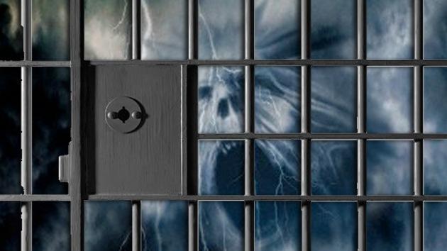 VIDEO: El 'fantasma' de un reo muerto aparece en una cárcel de Rusia