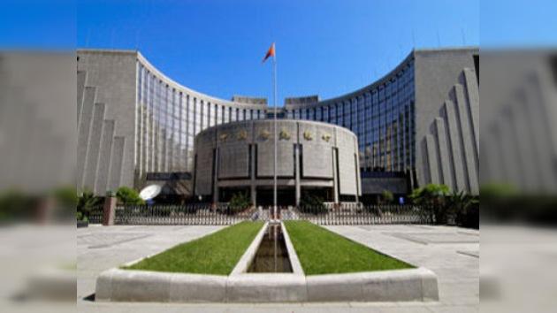 China ordena a los banqueros que abandonen los activos en dólares