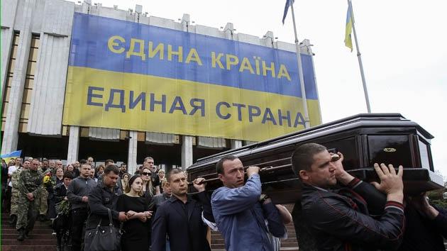 Analistas occidentales proponen dividir Ucrania