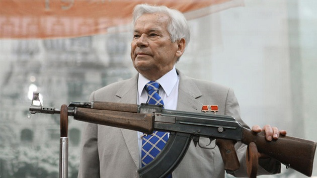 El fusil Kaláshnikov AK-47 entra en la lista de inventos revolucionarios de la humanidad