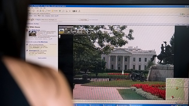 Assange revela la estrecha relación entre Google y el Gobierno de EE.UU.