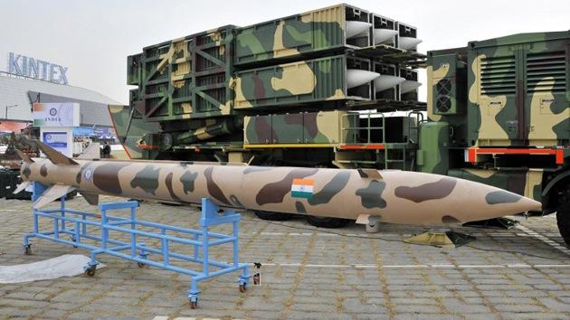 India presenta su nuevo misil táctico