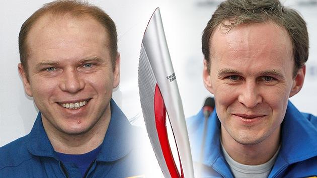 Cosmonautas rusos llevarán al espacio la antorcha olímpica de Sochi 2014