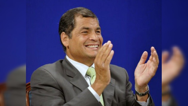 Correa gana el referéndum de reforma constitucional en Ecuador