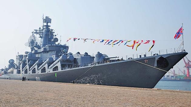 Las Armadas rusa y china se ejercitan contra 'piratas' que dispongan de portaaviones