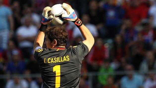 Casillas bate el récord de triunfos internacionales