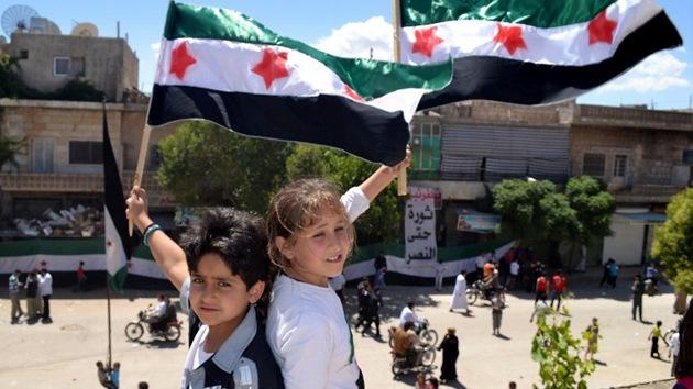 Rusia niega apoyo al régimen sirio y ratifica el plan de paz de Annan