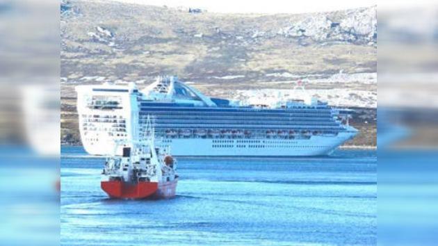 Impiden el desembarco de un crucero con 3.600 pasajeros en Malvinas