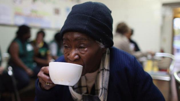 """Amiga de Margaret Thatcher: Los pobres pasan hambre """"porque no saben cocinar"""""""