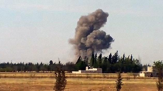 Un avión sirio lanza misiles contra el Líbano