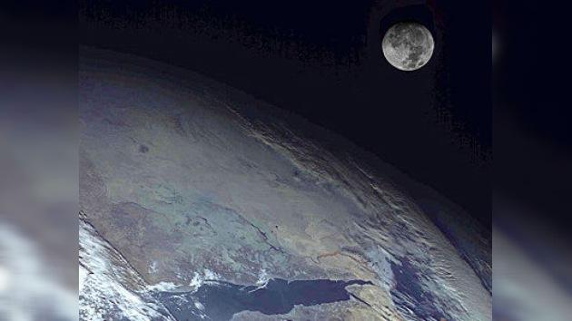 Las fotografías hechas por la nave sideral rusa Elektro-L superan a las de NASA