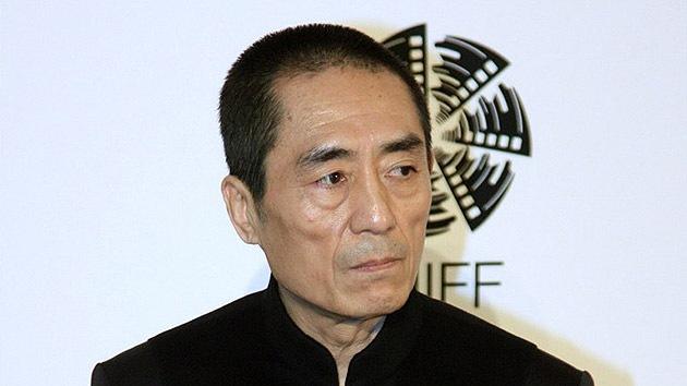 Cineasta chino afronta una multa millonaria por tener siete hijos con varias mujeres