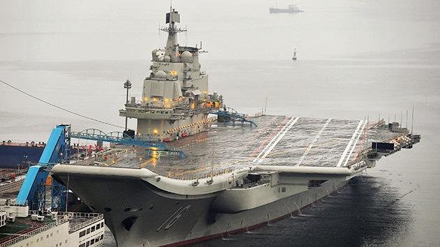 China ya construye su segundo portaaviones