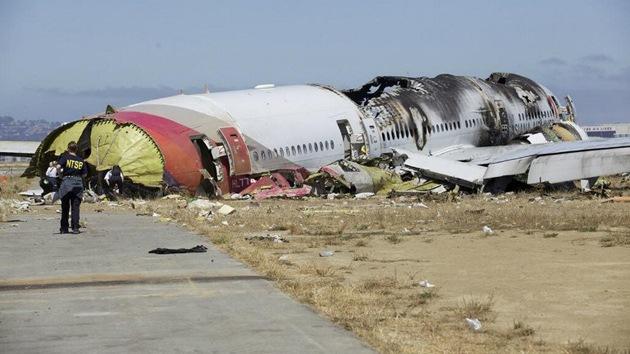 ¿Por qué sobrevivieron gran parte de los pasajeros del avión siniestrado en EE.UU.?