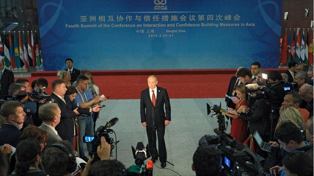 'Le Monde': Criticar a Putin, el nuevo estándar de los valores occidentales