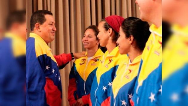 Hugo Chávez cuenta con el 60% de aprobación