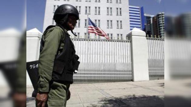 Morales amenaza a EE. UU. con cerrar su embajada si sigue metiendo las narices en Bolivia