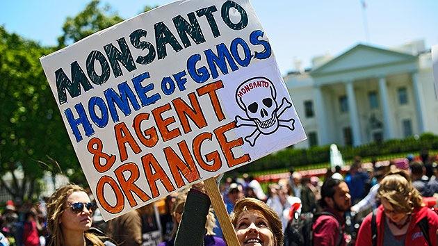 La 'ley de protección de Monsanto' divide el Congreso estadounidense