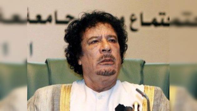 Un comandante del CNT confirma que Gaddafi fue ejecutado