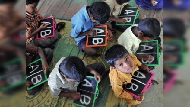 En el mundo 793 millones de personas no saben leer ni escribir