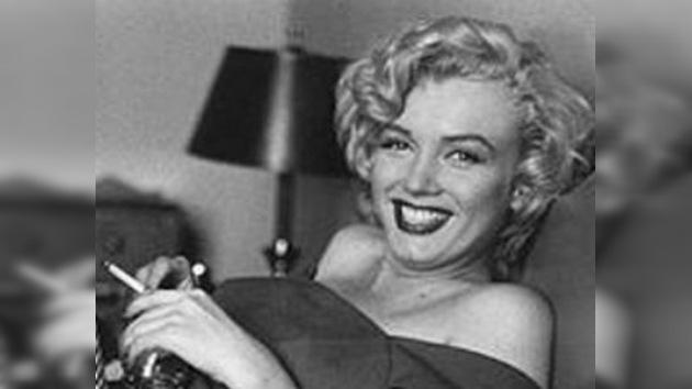 Una cinta muestra a Marilyn Monroe fumando marihuana